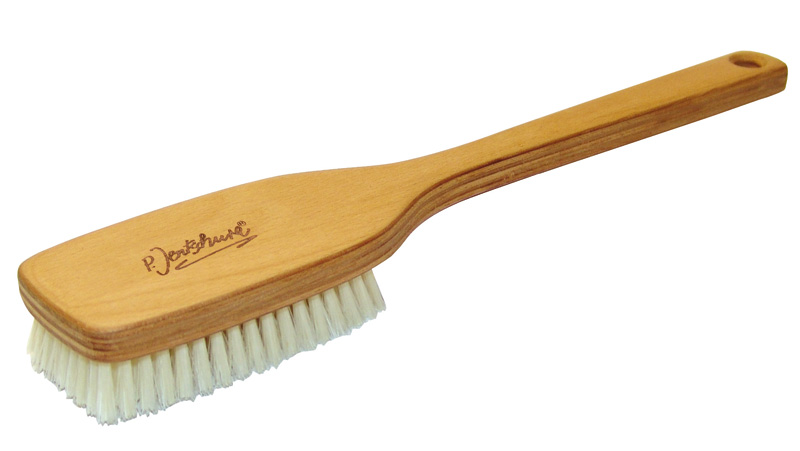 P. Jentschura Badebürste mit Naturborsten und Stiel, etwas härter Bürste für Bad, Sauna, Wellness und Massage.